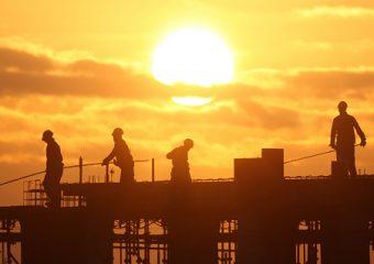 Đối tượng tham gia bảo hiểm công trình xây dựng là ai ?